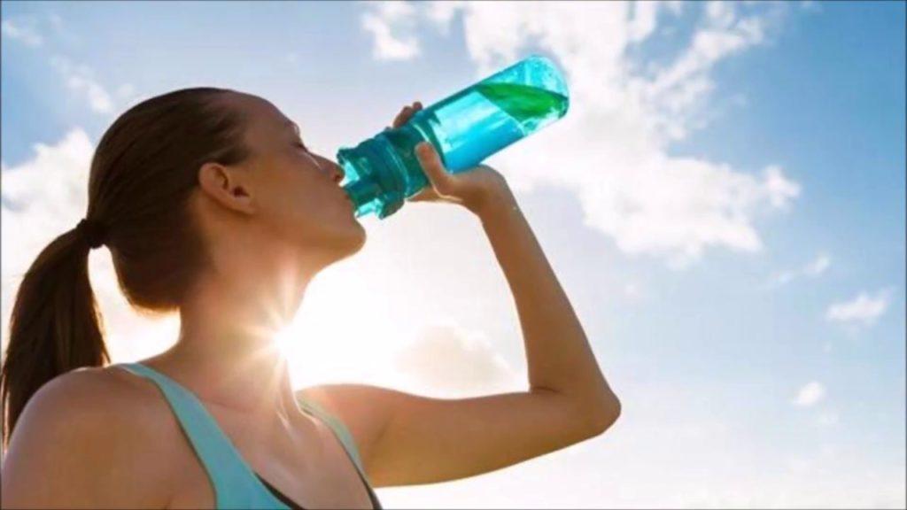Tidak Dehidrasi Saat Olahraga